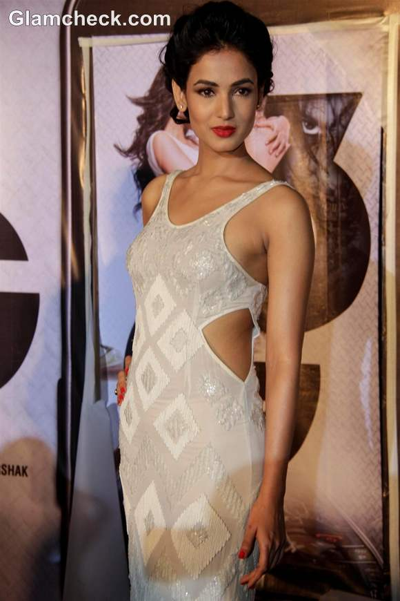 Sonal Chauhan at 3G Music Trailer launch