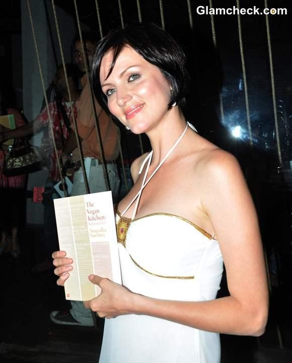 Yana Gupta at Anuradha Sawhney Book Launch