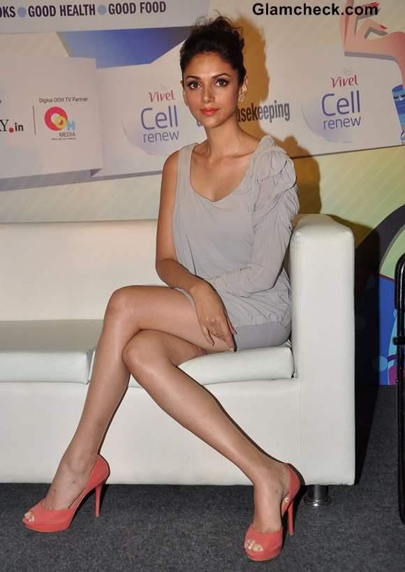 Aditi Rao Hydari Hot in Grey Mini Dress