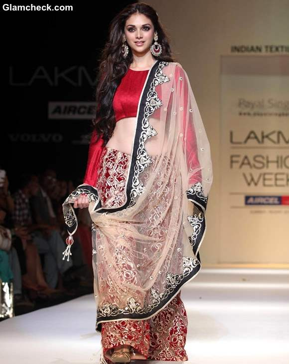 Aditi Rao Hydari Lakme Fashion Week Summer-Resort 2013