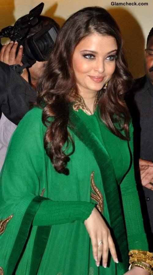 Aishwarya Rai Bachchan Gorgeous in Green