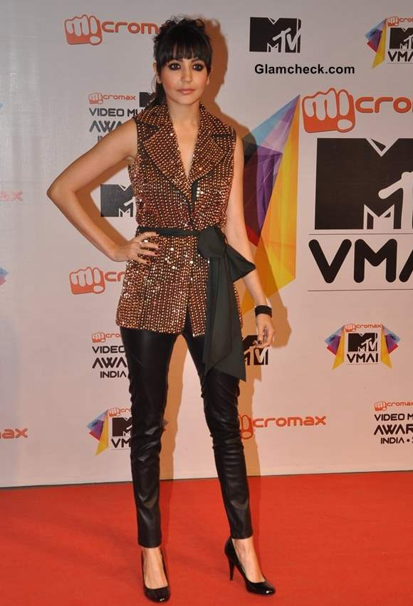Anushka Sharma MTV Video Music Awards India 2013