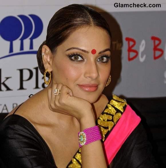 Bipasha Basu Traditional Hair and Makeup