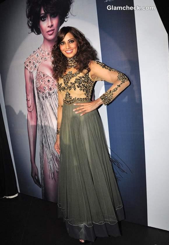 Bipasha Basu in Anarkali at India Resortwear Fashion Week 2013 Promo
