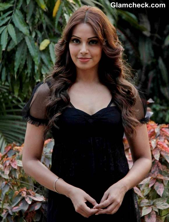 Bipasha Basu Cute In Black Shift Dress At Aatma Promo-1425