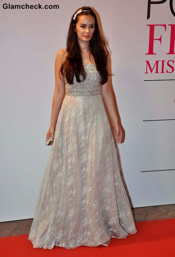 Evelyn Sharma at Ponds Femina Miss India 2013 Finale