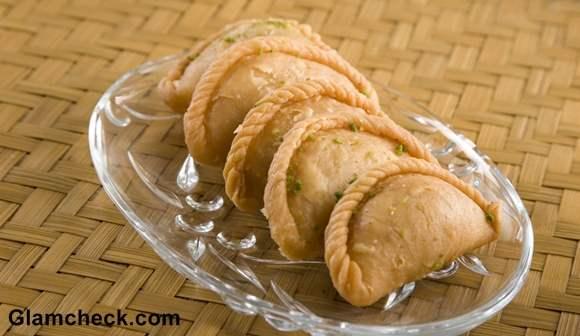 Gujiya Traditional Holi sweet Indian