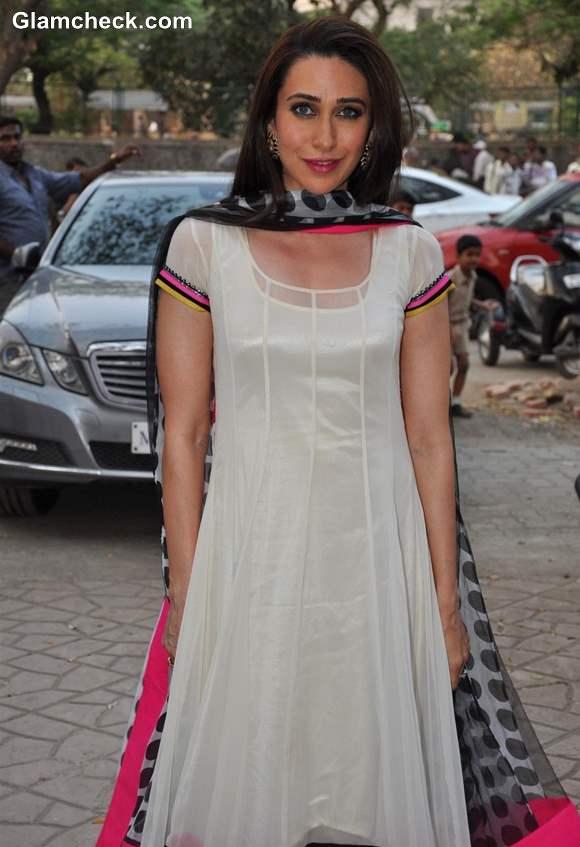 Karisma Kapoor in Ivory Salwar Kameez at Archan Kochhar Charity Event
