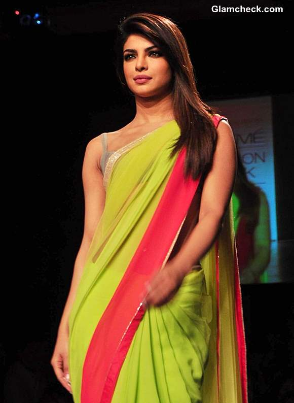 LFW Summer Resort 2013 Priyanka Chopra Showstopper for Manish Malhotra