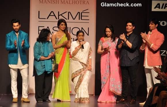 Manish Malhotra at the LFW Summer-Resort 2013