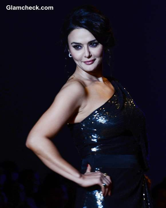 Preity Zinta for Surily Goel at WIFW Fall-Winter 2013