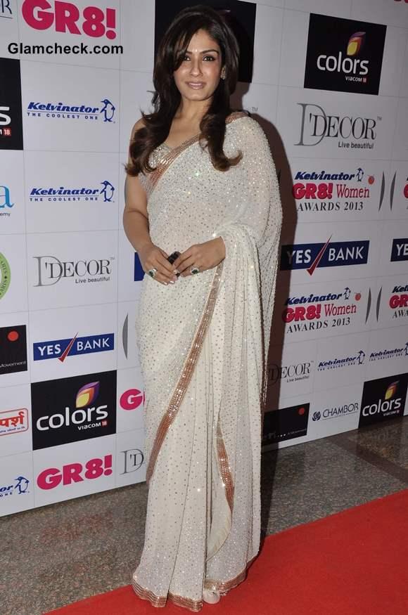 Raveena Tandon Sparkles in Sequinned Sari at GR8 Women Awards 2013