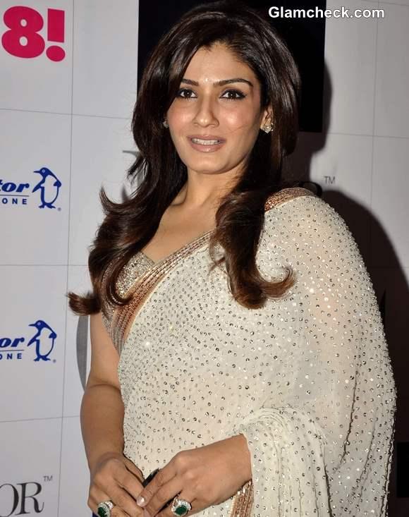 Raveena Tandon in Sari at GR8 Women Awards 2013