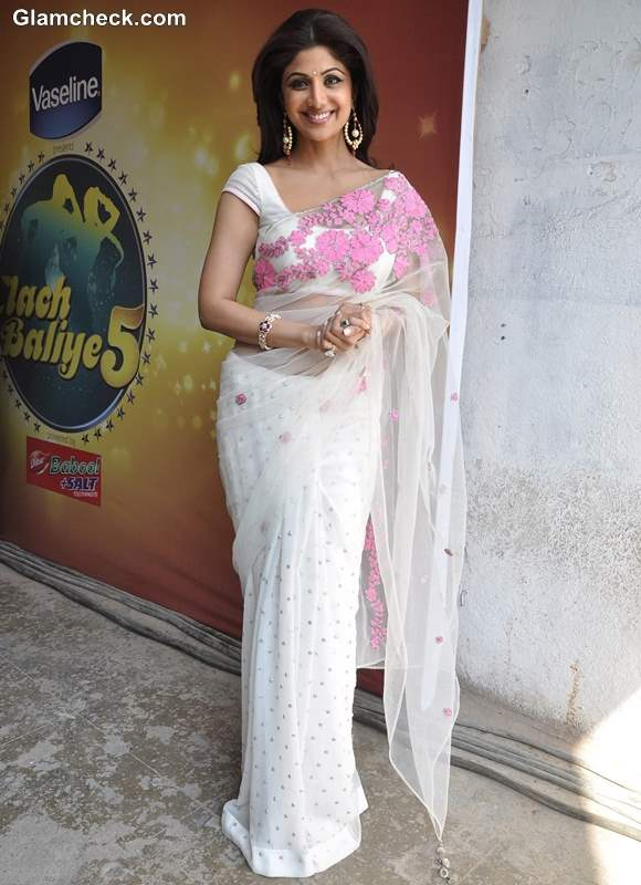 Shilpa Shetty White Sari at MasterChef India 3 Promos