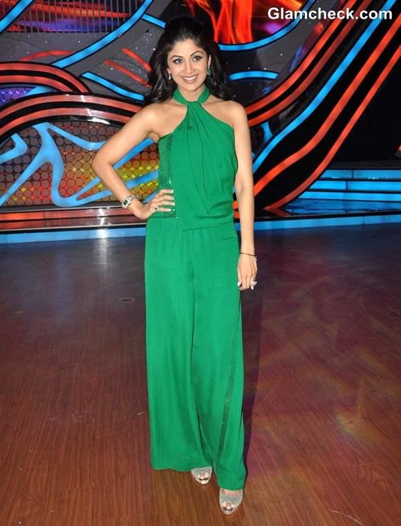 Shilpa Shetty in Green Jumpsuit Nach Baliye 5