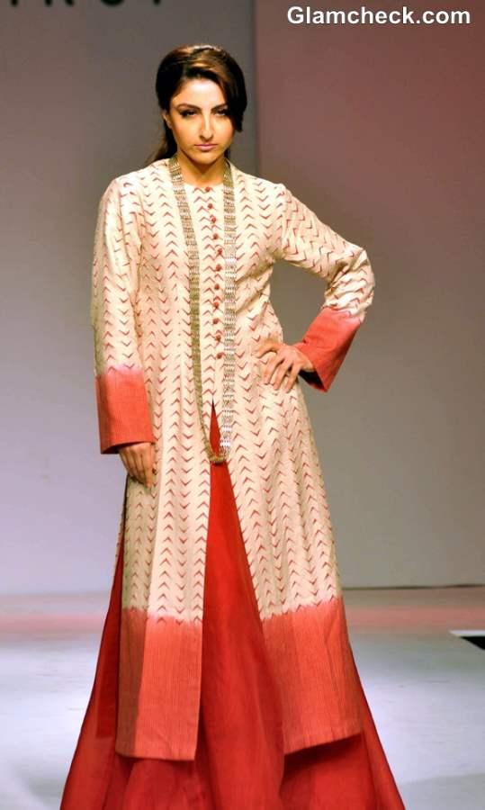 Soha Ali Khan Walks the Ramp Sunita Shanker at North East Fest 2013