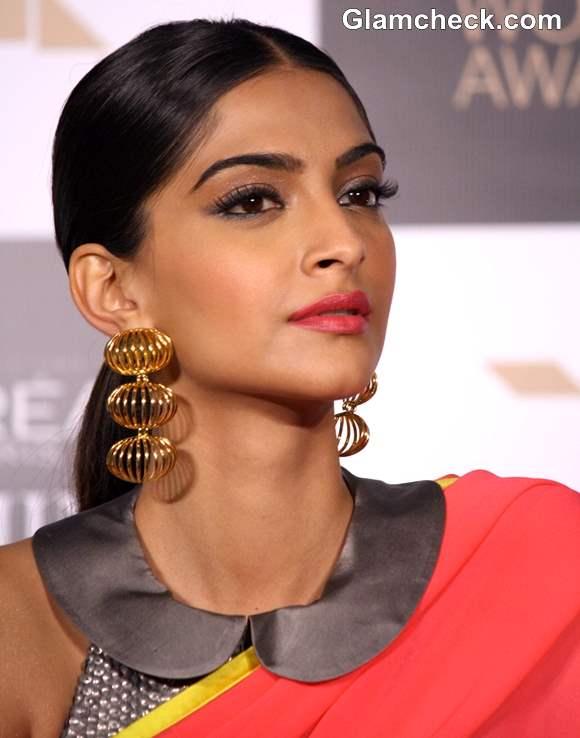Sonam Kapoor style in Sari