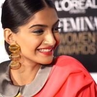 Sonam Kapoor wears Sari with Peter Pan collar Blouse