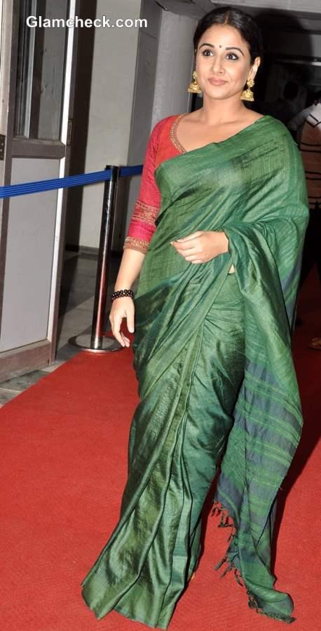 Vidya Balan Sweet in Green Sari at Bawraas Concert
