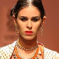 WIFW Fall-Winter 2013 haira and makeup