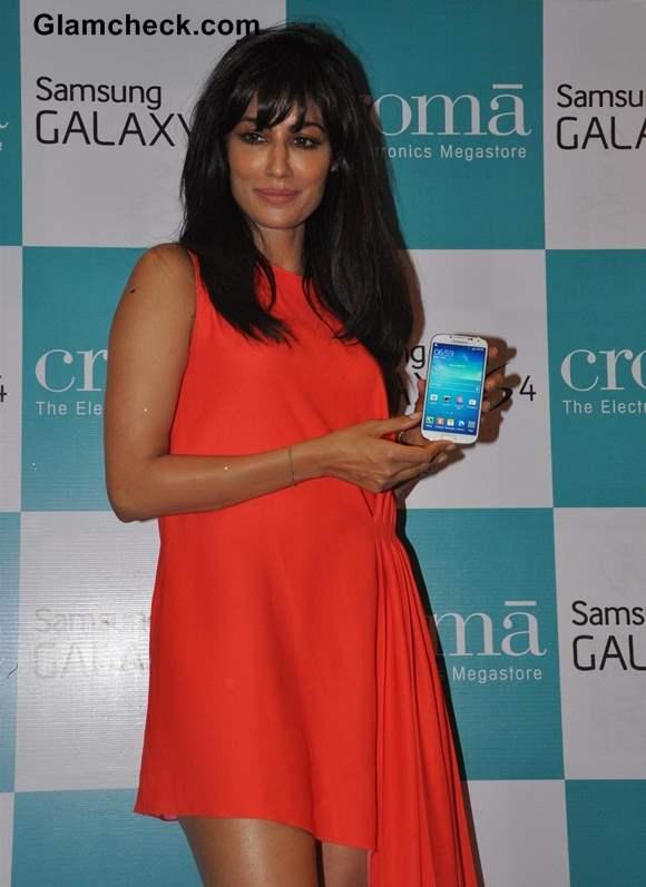 Chitragada Singh Hot at Samsung Galaxy S4 Launch