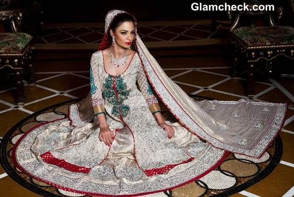 Indian Bridal How to Pick the Perfect Bridal Outfit