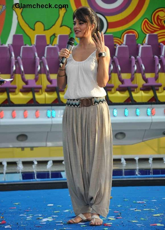 Jacqueline Fernandez 2013 in Palazzo Pants at Essel World