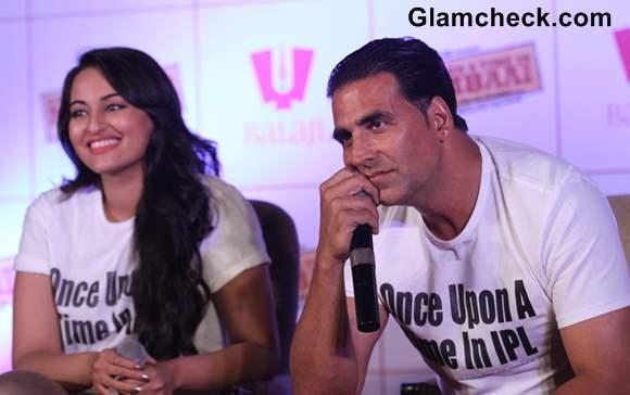 Once Upon a Time in Mumbai Again Promotion sonakshi sinha akshay kumar
