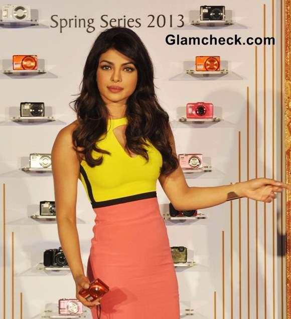Priyanka Chopra Nikon Coolpix Range launch 2013
