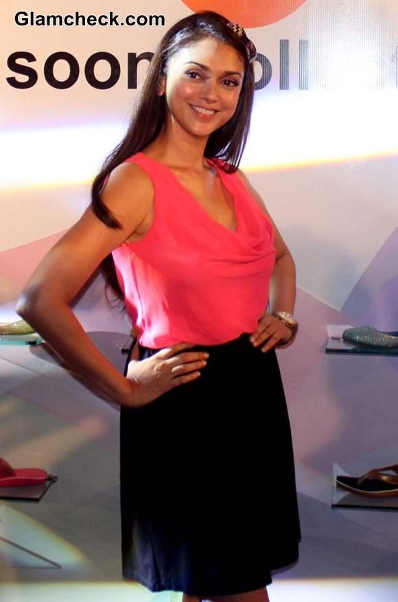 Aditi Rao Hydari Launches Bata India Monsoon Collection