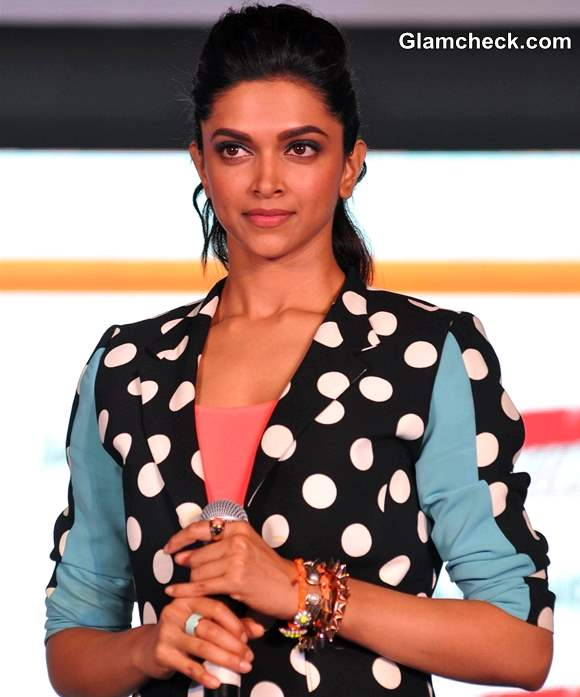 Deepika Padukone hairstyle makeup 2013