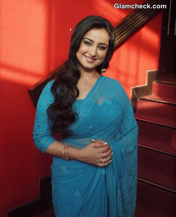 Divya Dutt in blue Sari movie Gippi