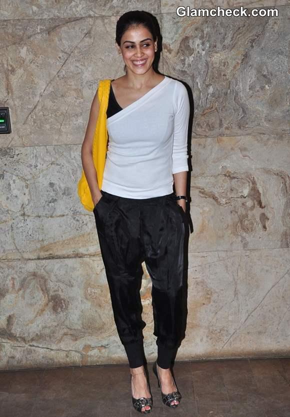 Genelia Dsouza 2013 at Bombay Talkies Screening