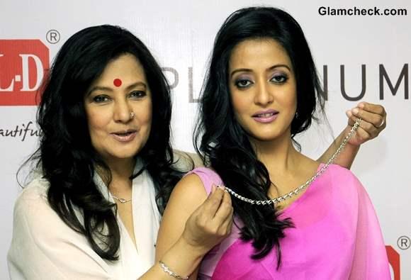 Moonmoon Raima Sen Promote Jewellery Line in Kolkatta