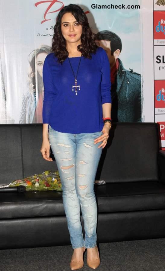 Preity Zinta Distressed denims blue shirt Ishkq in Paris Promo