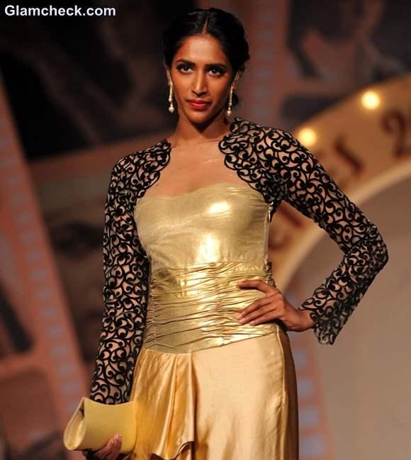 Silhouettes Bollywood Bytes Fashion Show