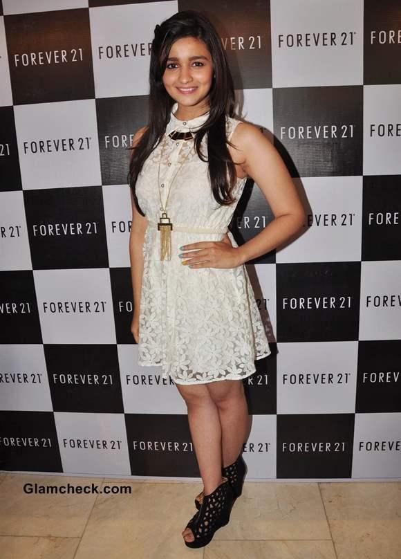 Alia Bhatt in White Dress at the Launch of Forever 21 in Mumbai