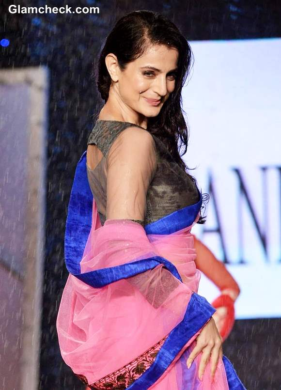 Ameesha Patel at 8th Annual Caring at a Style Fashion Show