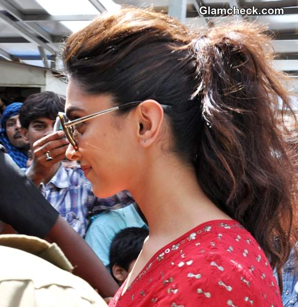 Deepika Padukone Sports Messy Ponytail to Temple Visit