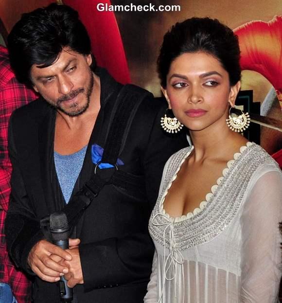 Deepika Padukone Sharukh Khan Chennai Express First Look