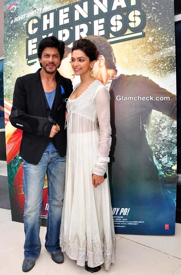 Deepika Padukone Sharukh Khan Chennai Express movie 2013
