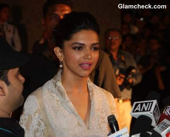 Deepika Padukone at Premiere of Yeh Jawaani Hai Deewani