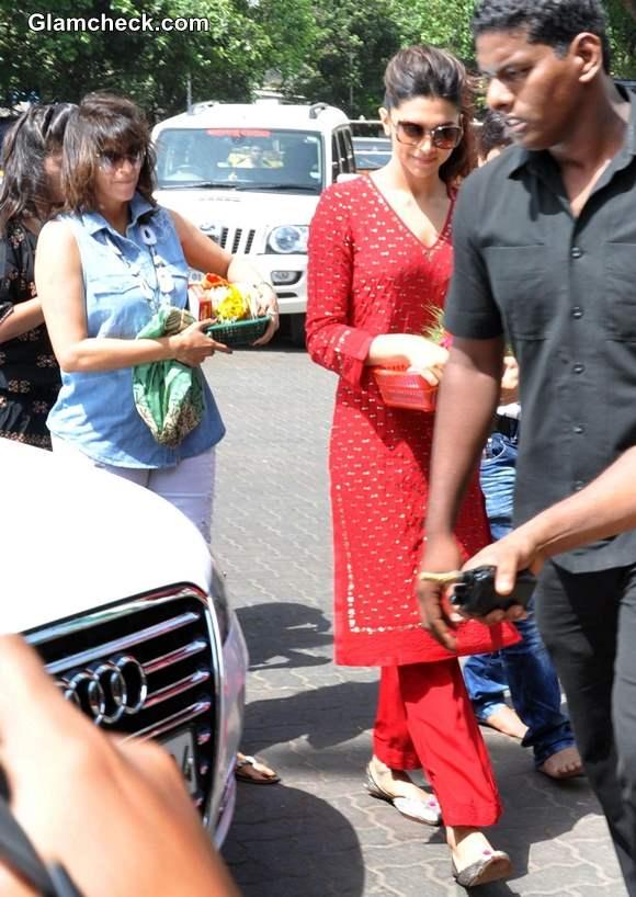 Deepika Padukone salwar kameez 2013