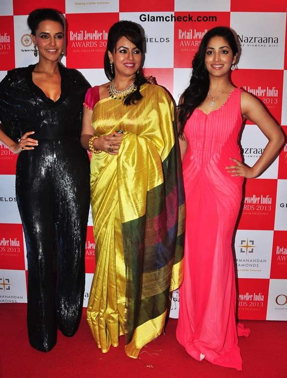 Neha Dhupia Mahima Chaudhry Yami Gautam 2013 Jeweller India Awards