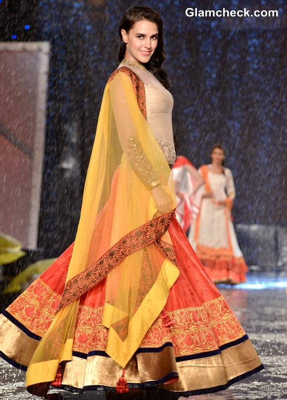 Neha Dhupia at 8th Annual Caring at a Style Fashion Show