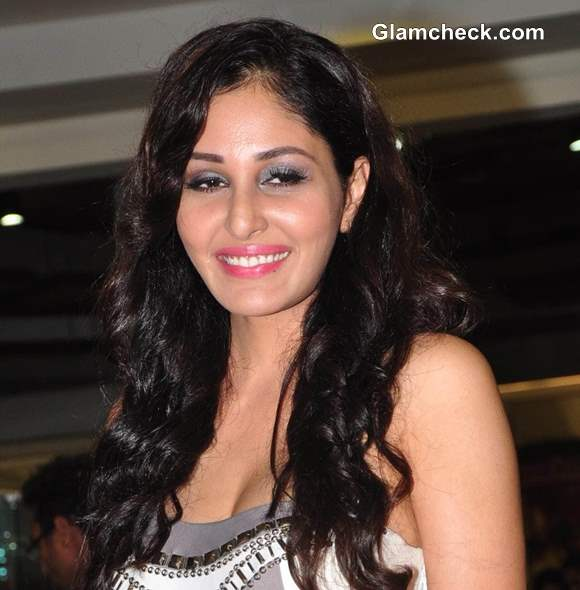 Pooja Chopra 2013 pictures
