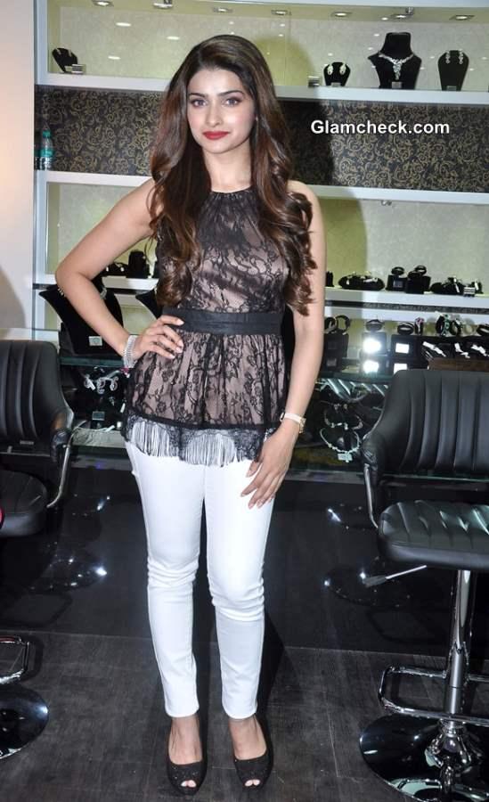 Prachi Desai Classy in Lace Top at 10 Jewel Store Launch