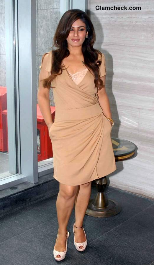 Raveena Tandon Beige Dress 2013