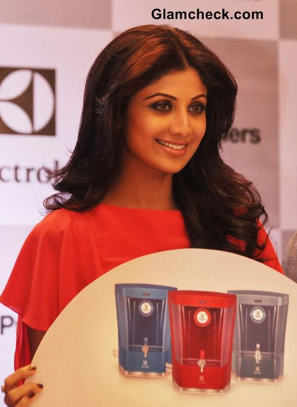 Shilpa Shetty Dazzles in Coral Red at a Water Purifier Launch