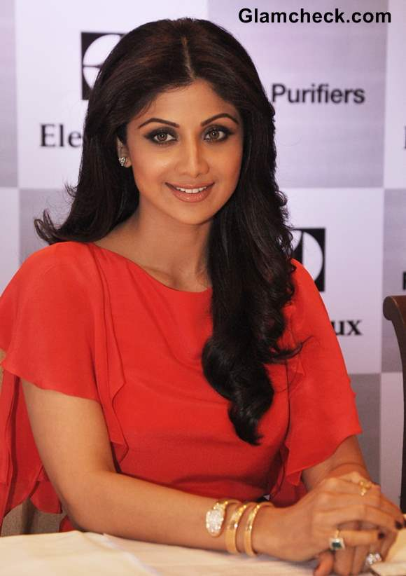 Shilpa Shetty Hairstyle 2013